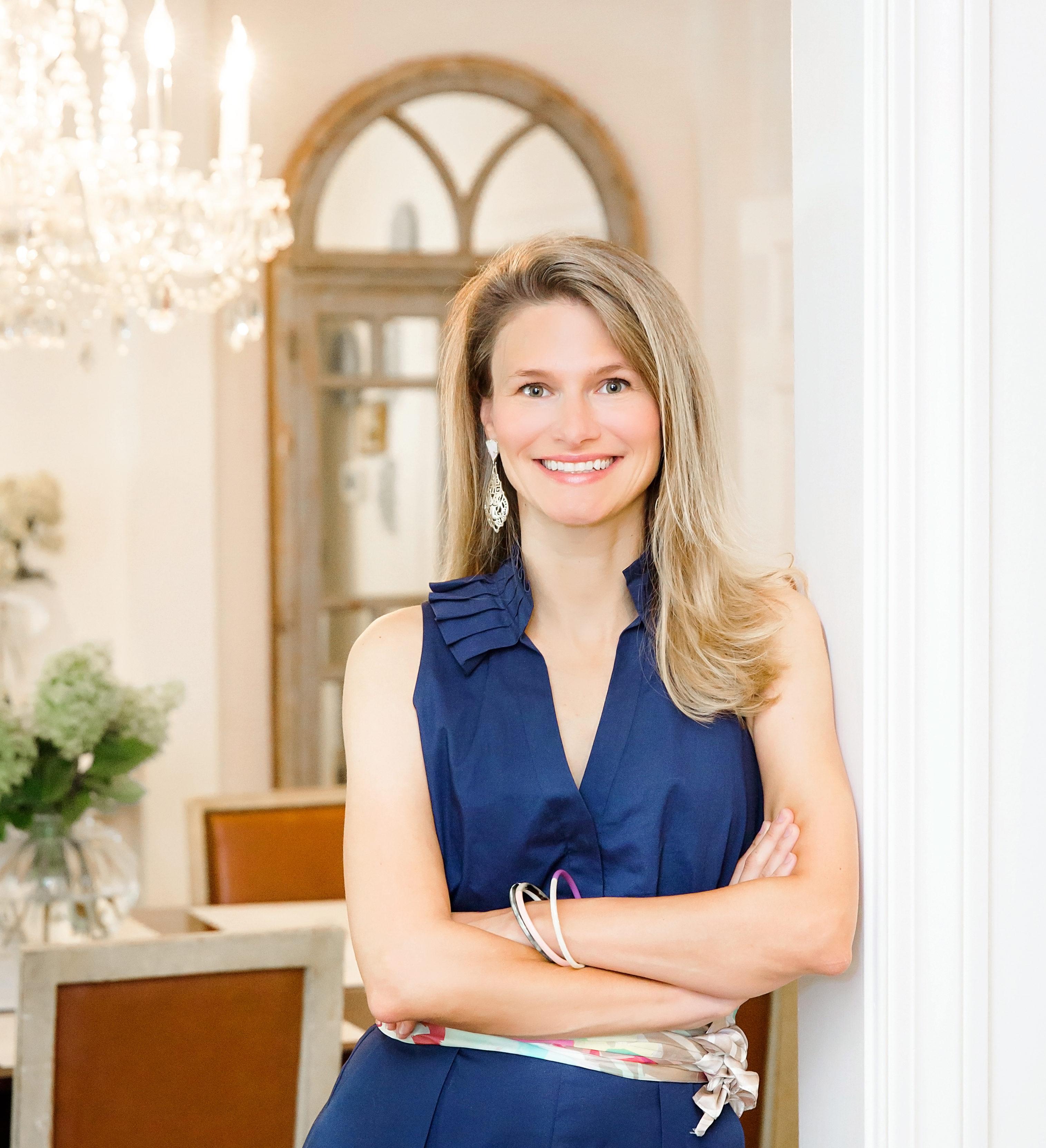 561: Sara Hillery: Client Retention Strategies