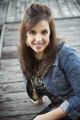 609: Lisa Haude: Rebranding to Express Who You Really Are
